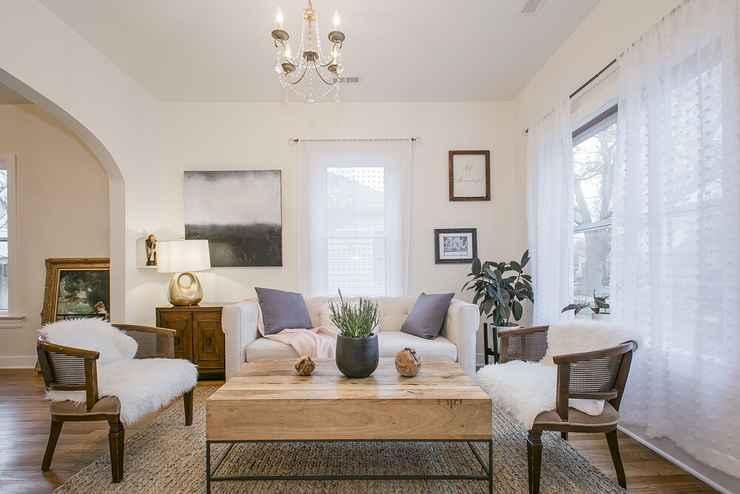Featured Image Simple Elegant Idaho Cottage