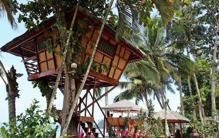 AUSAN BEACH FRONT COTTAGE AND RESTAURANT