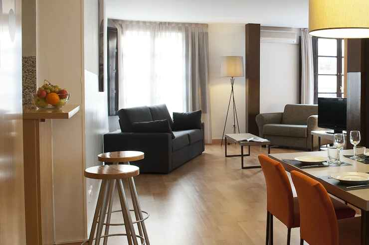 Featured Image Aspasios Plaza Real Apartments