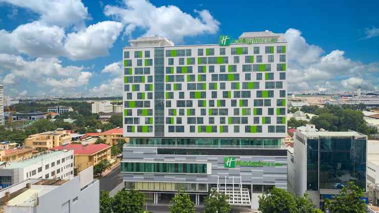 Featured Image Holiday Inn & Suites Saigon Airport