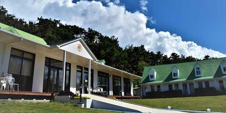 Featured Image Wayn-Zen Onna Hotel