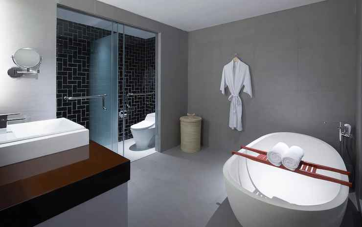 Four Points by Sheraton Balikpapan Balikpapan - Suite Premium, 1 kamar tidur, non-smoking, pemandangan kolam renang