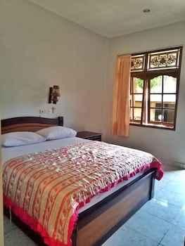 Featured Image Taman Mekar Beach Inn 2
