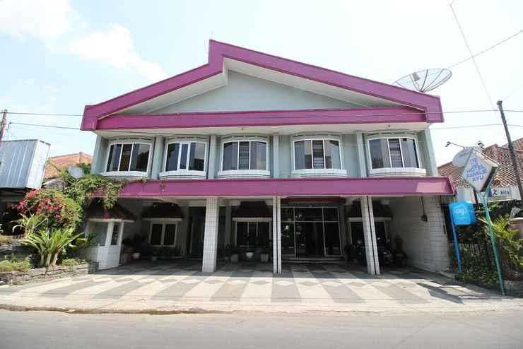 Featured Image Hotel Familie Ayu Garut