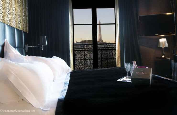 Featured Image First Hotel Paris - Tour Eiffel