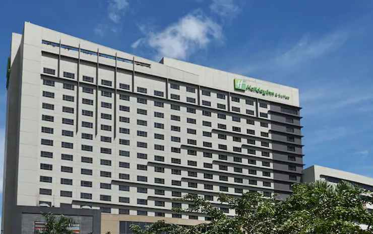 Holiday Inn Makati