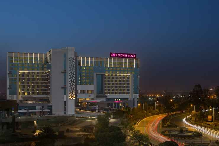Featured Image Crowne Plaza Greater Noida