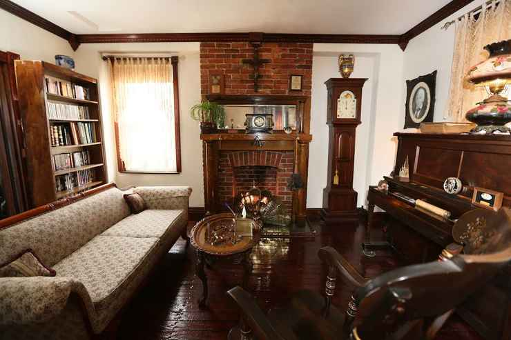 Featured Image The Old Parsonage Bed and Breakfast