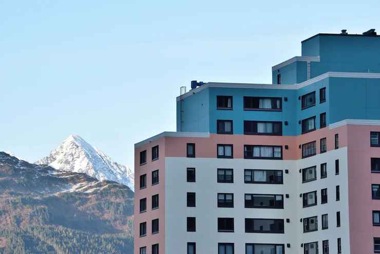 Featured Image Glacier View Condo Suites