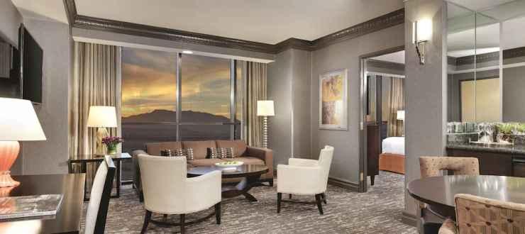 ลักซอร์ โฮเทลแอนด์คาสิโน (Luxor Hotel and Casino) ในLas Vegas Strip,  สหรัฐอเมริกา - เหลือ 5 ห้องสุดท้าย | Traveloka