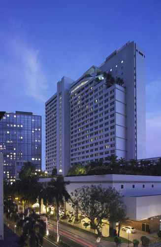 EXTERIOR_BUILDING New World Makati Hotel