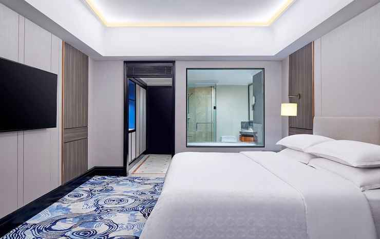 Sheraton Surabaya Hotel and Towers Surabaya - Kamar Klub, 1 Tempat Tidur King, pemandangan kota