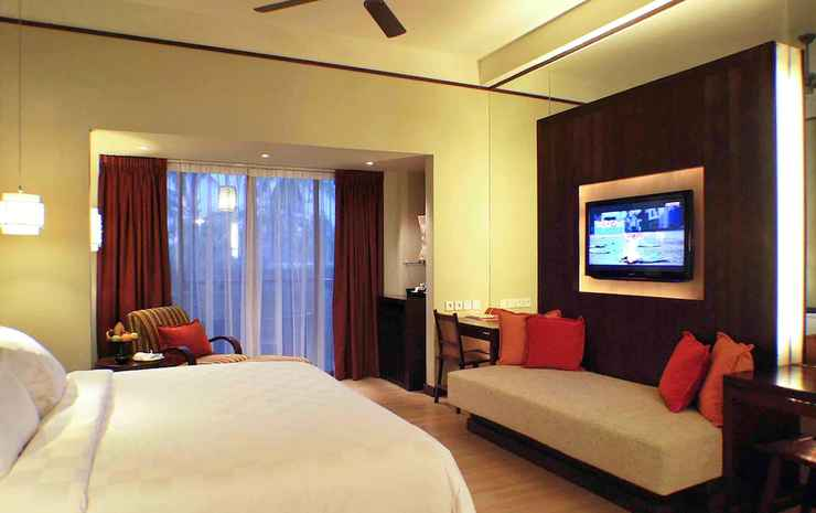 Novotel Lombok Resort and Villas Lombok - Kamar Deluks, 1 Tempat Tidur King dengan tempat tidur Sofa, teras
