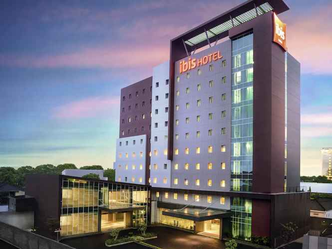 EXTERIOR_BUILDING ibis Makassar City Center