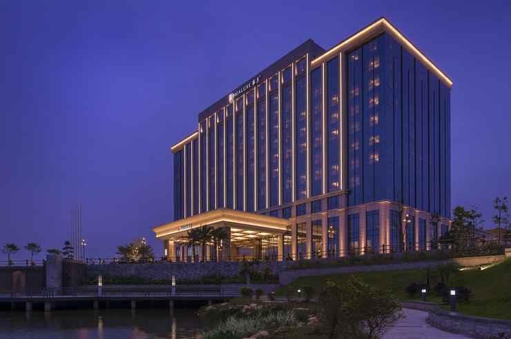 EXTERIOR_BUILDING ฮัวลักซ์ โฮเทลส์ แอนด์ รีสอร์ทส์ หยางเจียง ซิตี้ เซนเตอร์ - เครือโรงแรมไอเอชจี