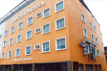 EXTERIOR_BUILDING JB City Hotel