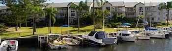 RESTAURANT Bayview Bay Apartments & Marina