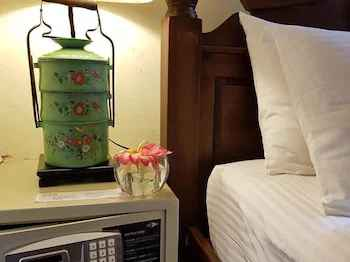BEDROOM Betel Nut Lodge - Adult Only