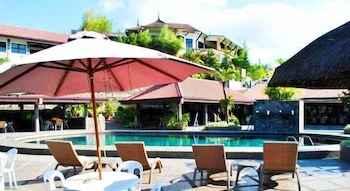 SWIMMING_POOL La Vista Highlands Mountain Resort