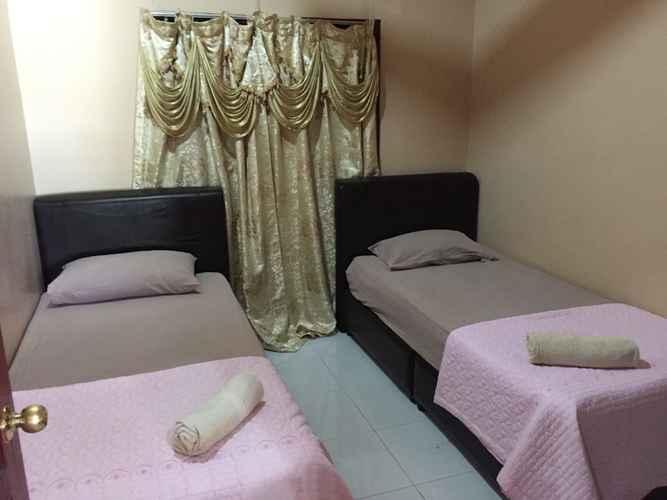 BEDROOM Zulina Homestay