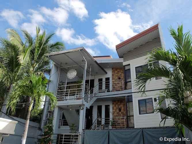 EXTERIOR_BUILDING Centrium Condominium Hotel