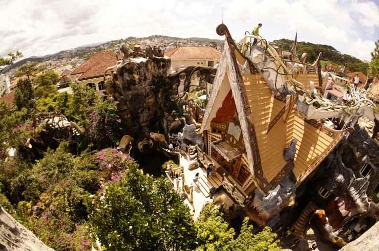 EXTERIOR_BUILDING Crazy House