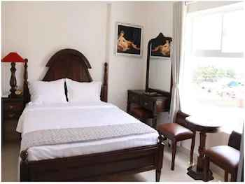 BEDROOM Khách sạn Hoàng Lê
