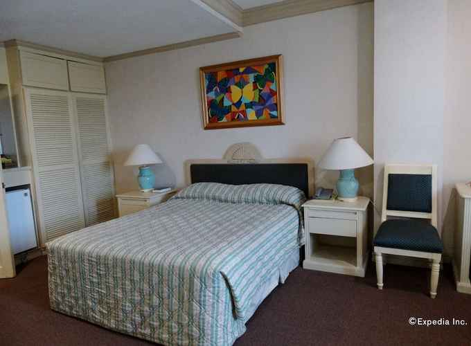 BEDROOM Orange Grove Hotel