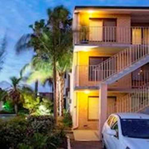 Burswood Lodge Apartments In Rivervale Belmont State Of Western Australia