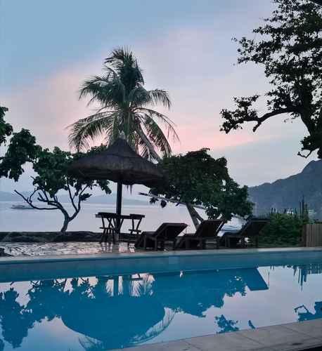 SWIMMING_POOL Four Seasons Seaview Hotel