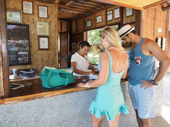 LOBBY Sangat Island Dive Resort