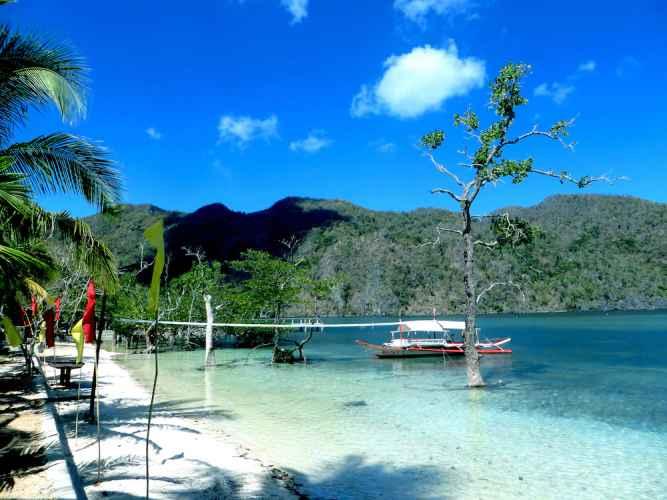 VIEW_ATTRACTIONS Majika's Island Resort