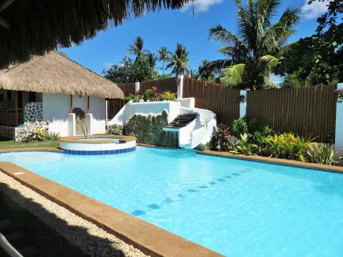 SWIMMING_POOL Kav's Beach Resort