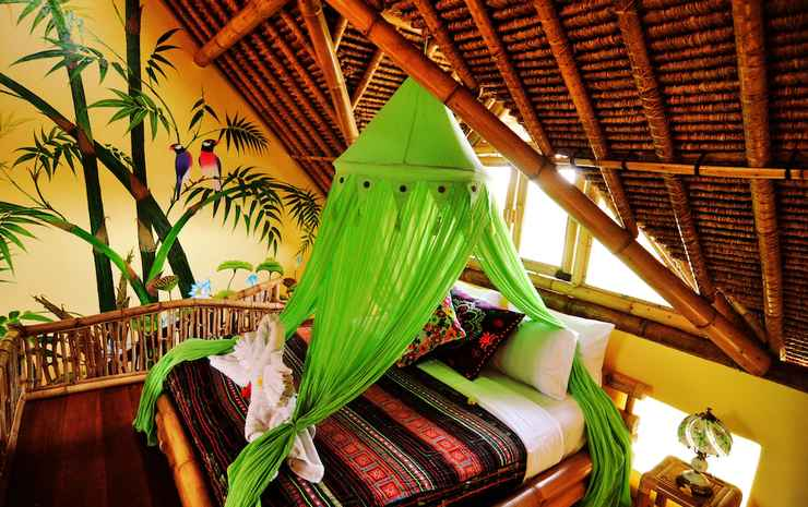 Bali Bohemia Bali - Kamar Deluks, pemandangan kolam renang, lantai mezzanine