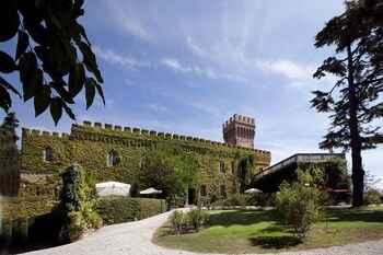 EXTERIOR_BUILDING Castello Leopoldo