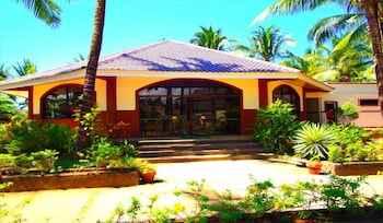 EXTERIOR_BUILDING Bakasyunan Resort Zambales