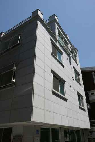 EXTERIOR_BUILDING โซลไวส์ เกสท์เฮาส์ - โฮสเทล