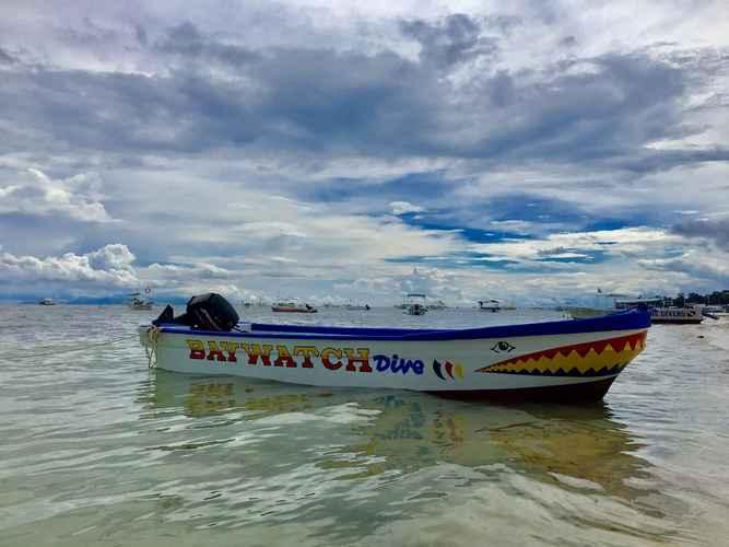 VIEW_ATTRACTIONS Baywatch Dive Resort