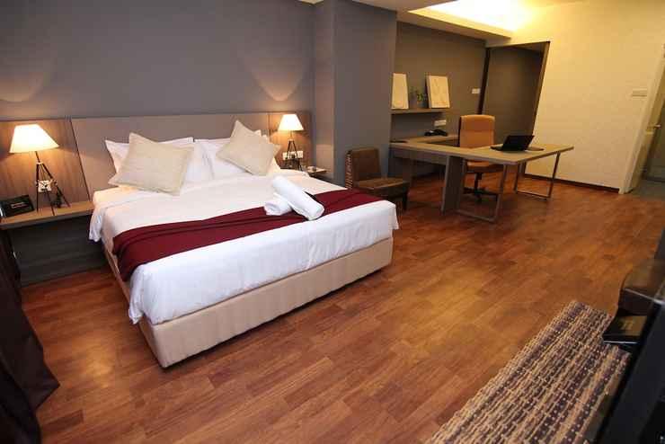 BEDROOM Nexus Business Suite Hotel