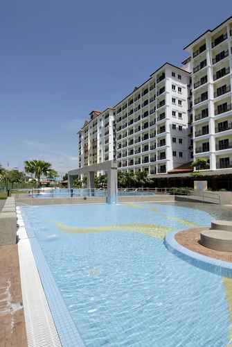 SWIMMING_POOL Suria Service Apartment Hotel