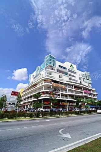 EXTERIOR_BUILDING Columbia Hotel
