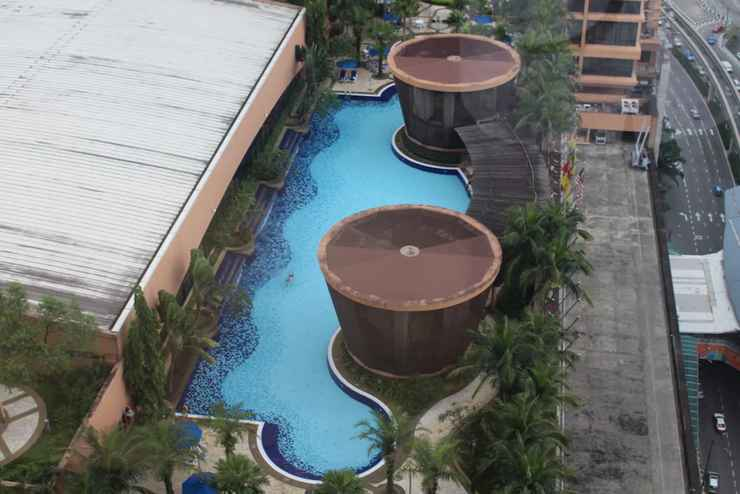 SWIMMING_POOL Fabulous Service Suites At Times Square