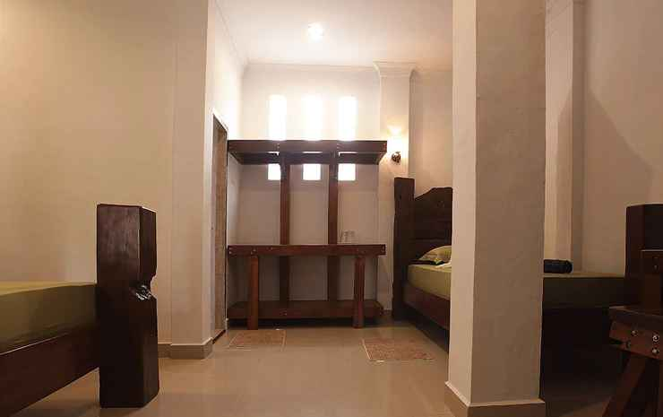 Indra Valley Inn Bukit Lawang Langkat - Deluxe Double Room with Extra Bed