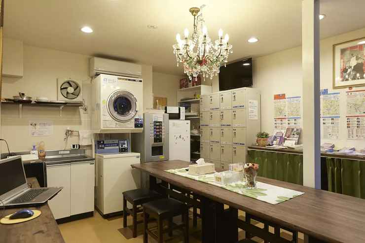 HOTEL_SERVICES โรงแรม 3000 จิวรากุ - โฮสเทล