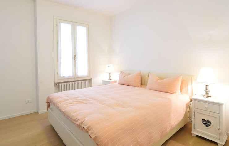BEDROOM Al Campaniel Apartment