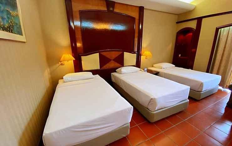 Ponderosa Golf & Country Resort Johor - Kamar Triple Deluks