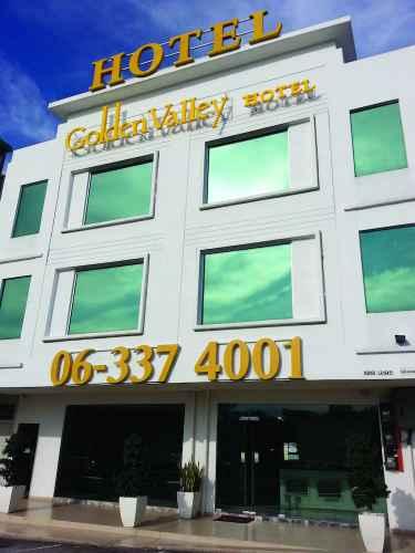 EXTERIOR_BUILDING Golden Valley Hotel