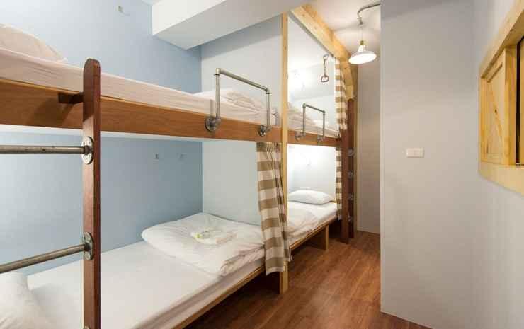 Barn & Bed Hostel Bangkok - Dorm 4 mixed beds