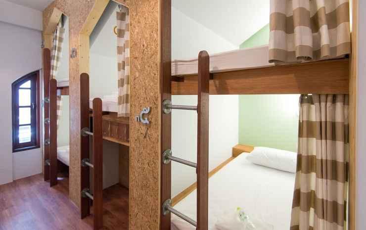 Barn & Bed Hostel Bangkok - Dorm 5 mixed beds
