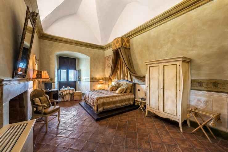 BEDROOM Castello di Limatola